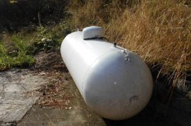 Propane tank for propane fireplace