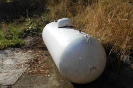 Propane tank for propane fireplace